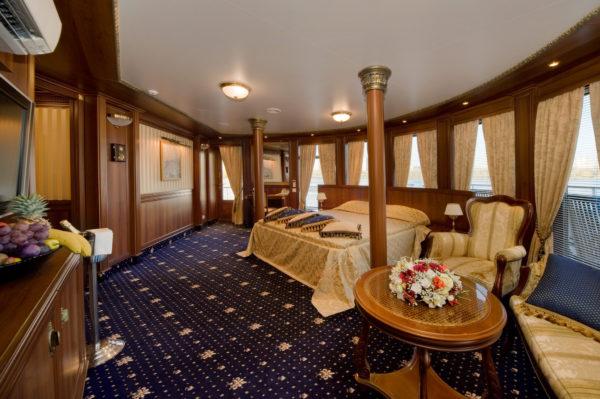 MS Volga Dream. Owner's Suite