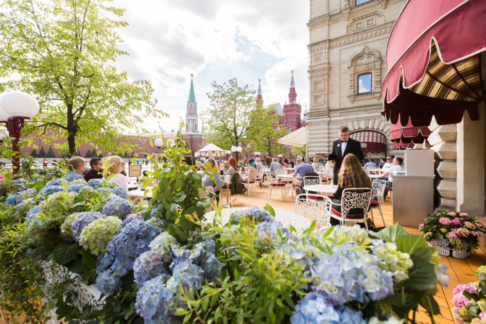 Moscow's Top-5 restaurants with verandahs